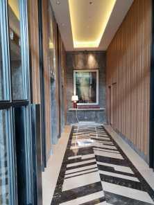 Springwood lift loby utama
